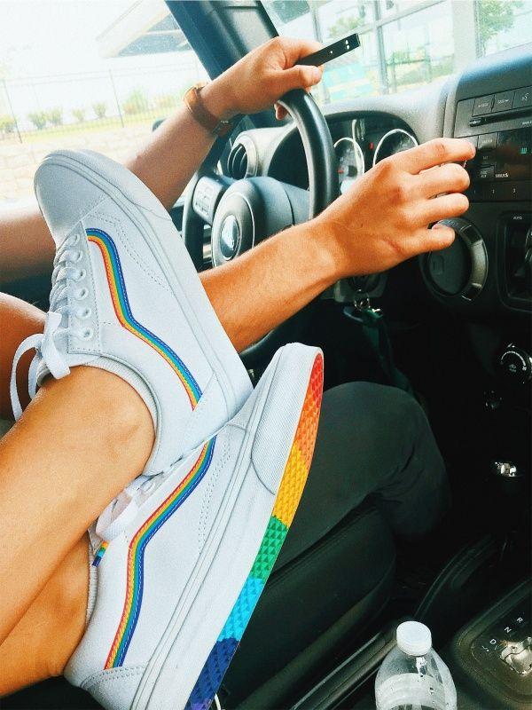 Vive El Mundo De Colores Tendencia Em Sapatos Sapatos Sapatos Louboutin