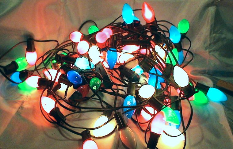 Vintage Set Of 2 25ft Strands Of C9 Christmas Holiday Multi Color Light Strings Unbranded Christmas Lights Multi Color Christmas Holidays