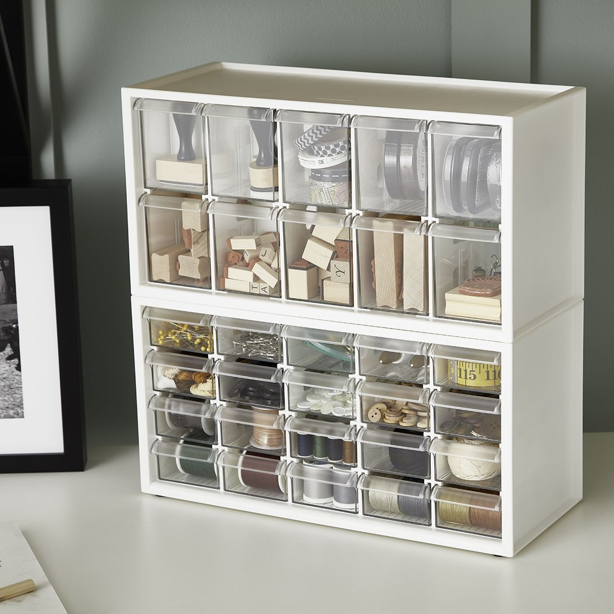 Small Shelf Unit With Drawers