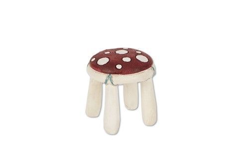 The perfect spot for a little rest, our mini toad stool is a great accessory for Maisie the artist fairy.