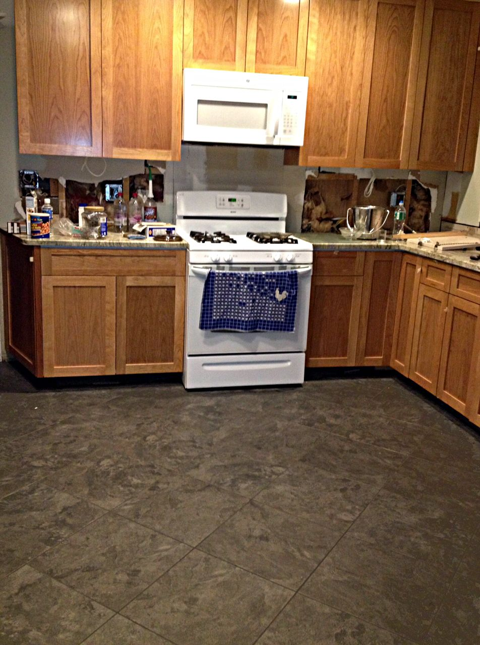 Armstrong Kitchen Flooring Armstrong Alterna Mesa Stone Charcoal In My Kitchen I Have Found
