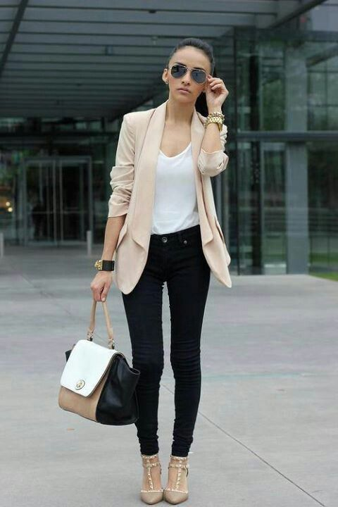 Love this cute outfit with //Valentino heels!