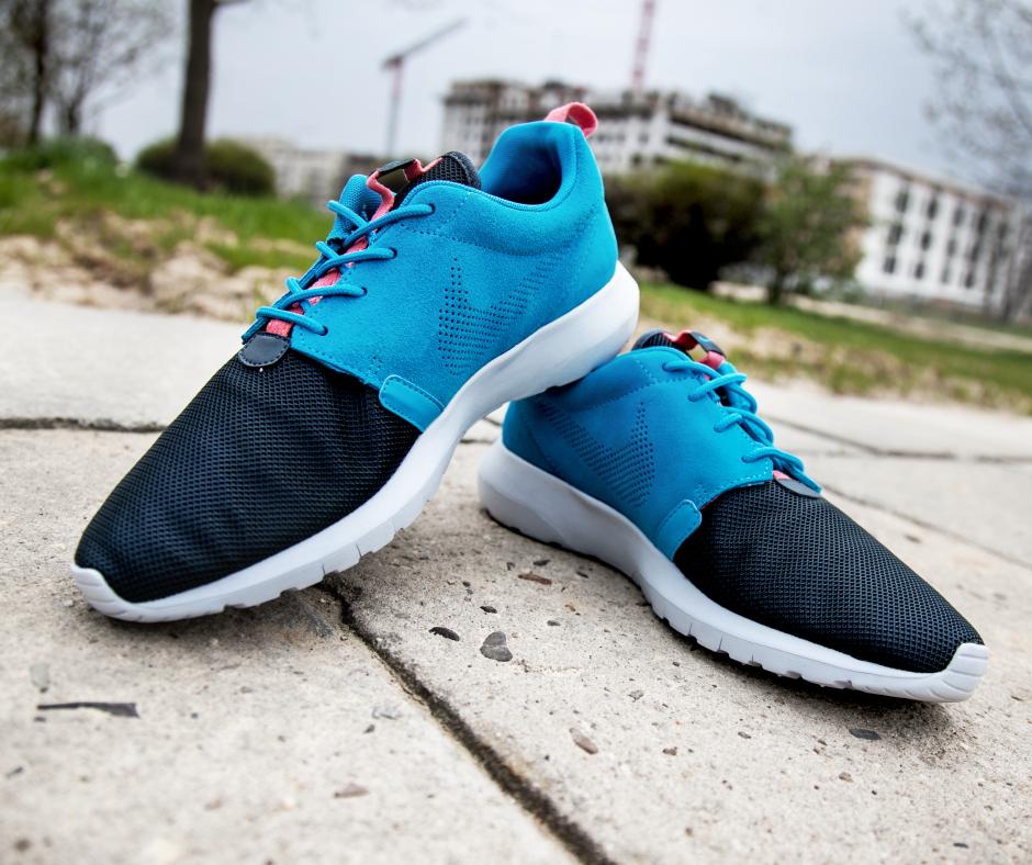 Be the best! #Nike #RosheRun #streetwear #SneakerOn