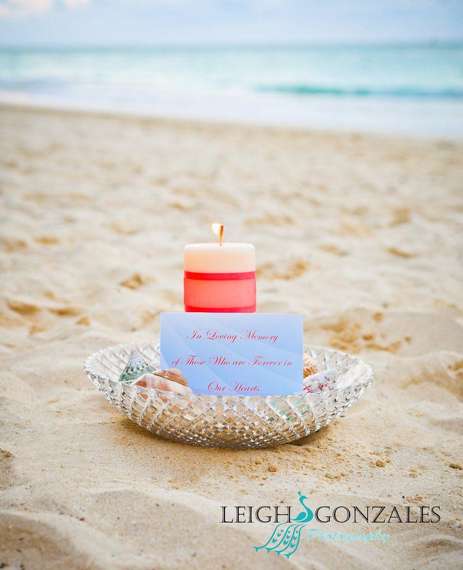 Waikiki Beach Wedding Ceremony: Leigh Gonzales Photography
