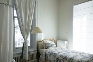 Tende A Fiori Per Camera Da Letto : Tende per finestre con cassonetto camera da letto barbara