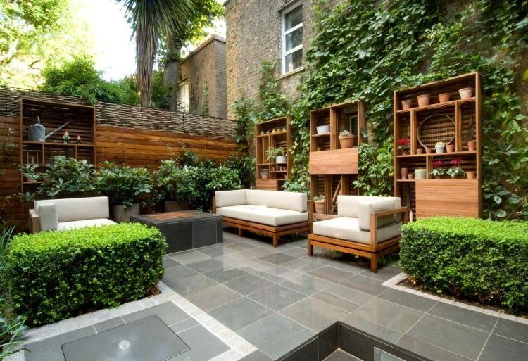Petit jardin id es d 39 am nagement d co et astuces pratiques meubles en bois petits jardins Astuces amenager petit jardin