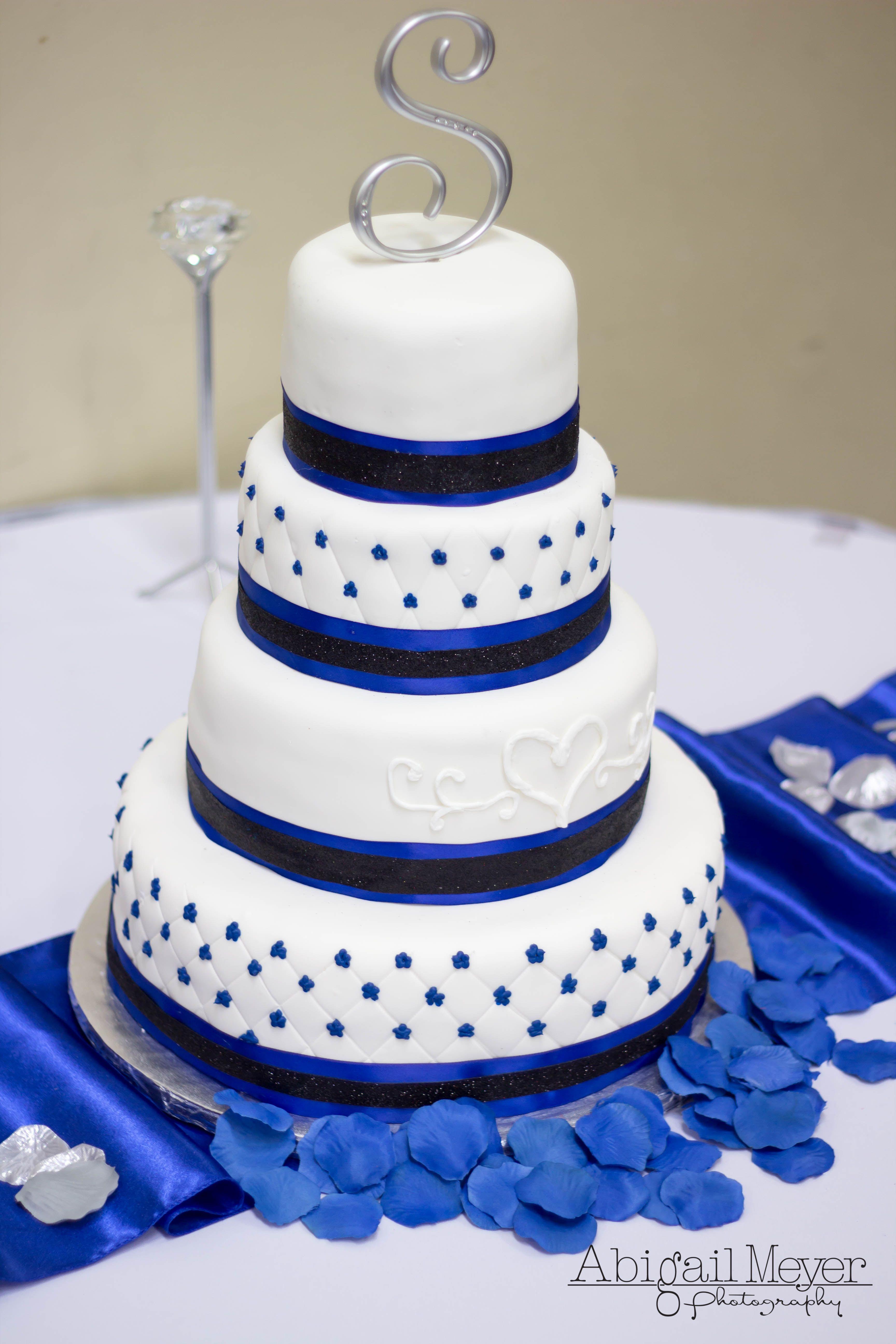AbigailMeyerPhotography wedding love cake happyday