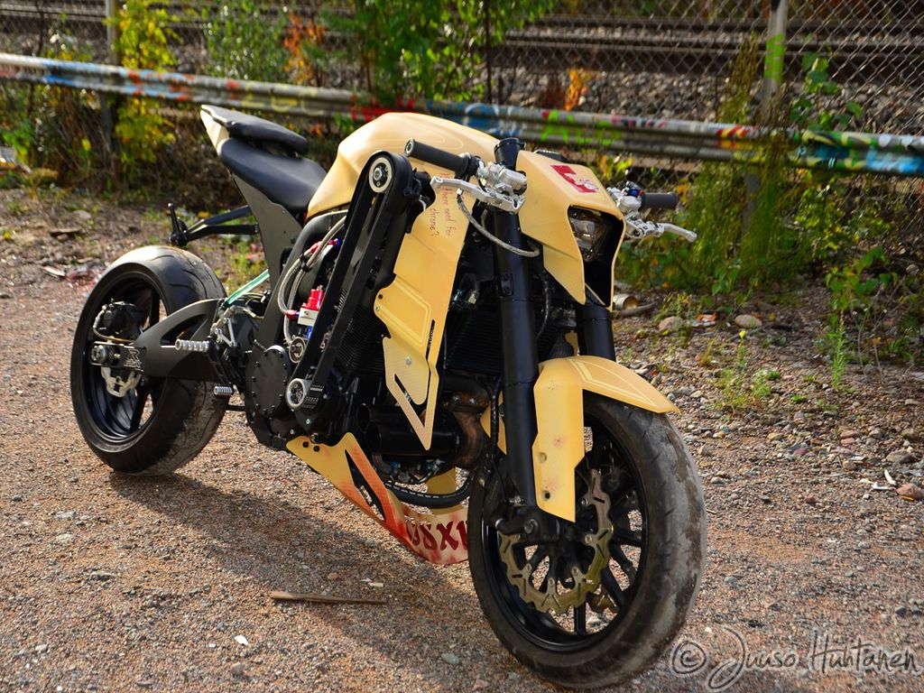 GSX-R street kompresor | Streetfighter | Pinterest | Cars