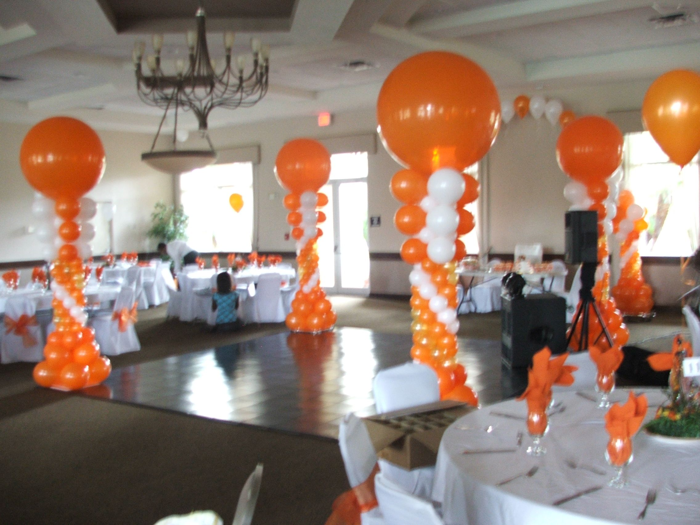 Dance floor balloon column balloon arch for dance floor for Balloon dance floor decoration
