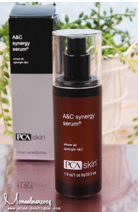 المنتج عبارة عن سيروم مائي القوام بني اللون تفوح منه رائحة المطهرات ممزوجة برائحة فيتامين سي سريع الامتصاص بدون أن يترك ملم Pca Skin Pca Skin Care Skin Serum