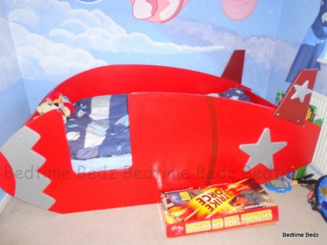 Rocket Toddler Bed space rocket bed. daddy wants a project. i don't like the colors