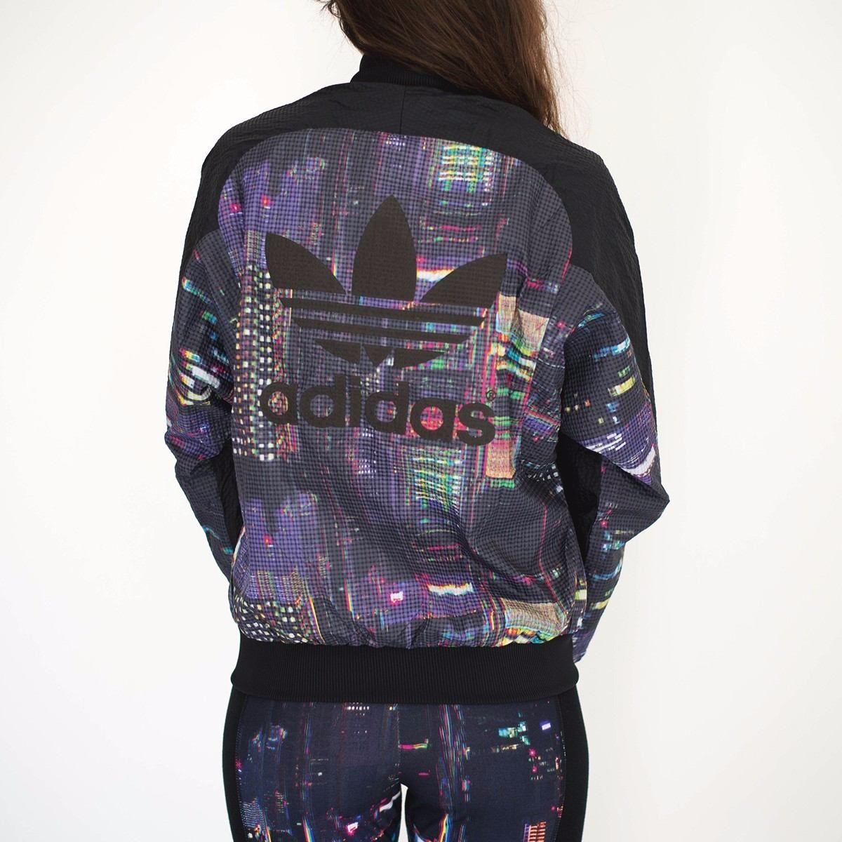 5475e5a86 Campera Adidas Mujer Unico!! Original!! Talle S!! - $ 800,00 en MercadoLibre