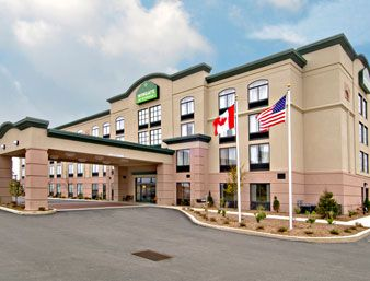 Wingate By Wyndham Erie Pennsylvania Featuring An Indoor Pool And Hot Tub This Hotel Provides Free Wi Fi Access On Site Fitness Centre