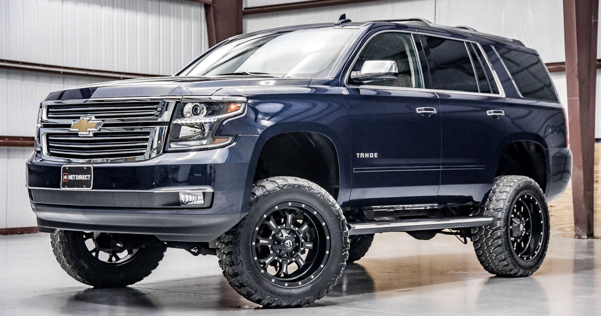 Stock 11661 In 2020 Chevrolet Suburban Chevrolet Tahoe Lifted Truck