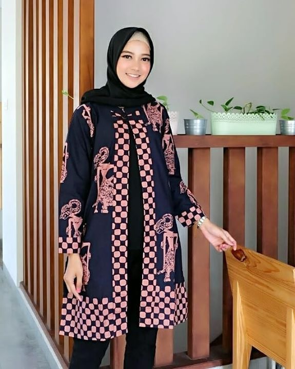 Pin By Bekti Rohmawati On B Batik Batik Dress Batik Blazer