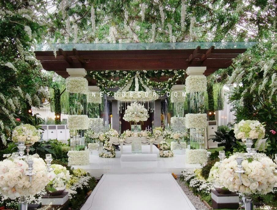 Luxuru ideas outdorr ideas for wedding pinterest wedding nefi decor jakarta premium wedding decoration featured jeyson and laurie junglespirit Gallery