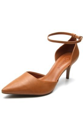 e79858425 Scarpin Bebecê Salto Fino Bege | sandálias | Kitten heels, Fashion e ...