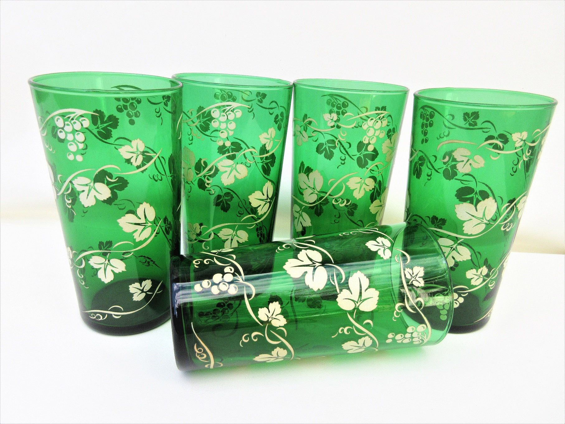 Antique Green Glasses Anchor Hocking Glasses Tall Drinking Glasses Emerald Green Glasses Grapevine Set Tall Drinking Glasses Antique Glasses Antiques