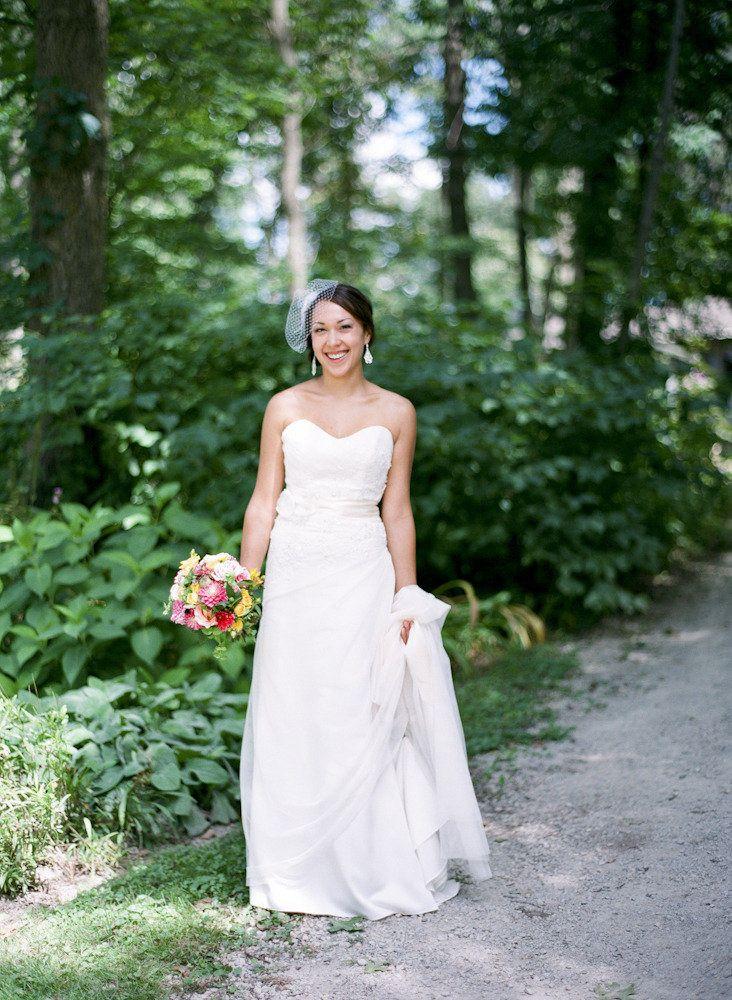 Pin Auf Bride Dress Jewelry Brautkleider Schmuck