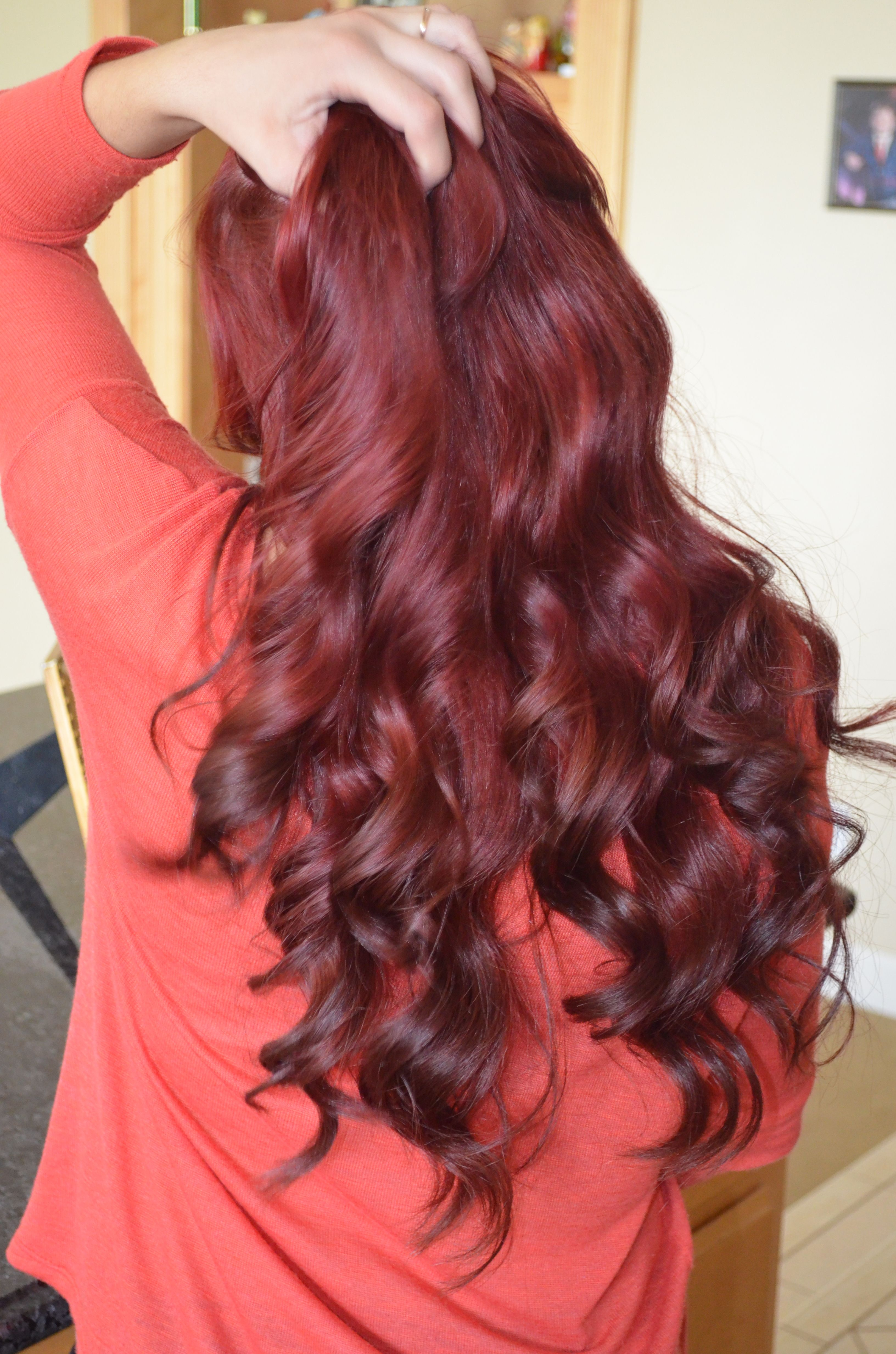 Red Hair with brown ombre tips Gina Huff Masciulli this would look