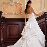 К чему снится видеть себя в белом свадебном платье