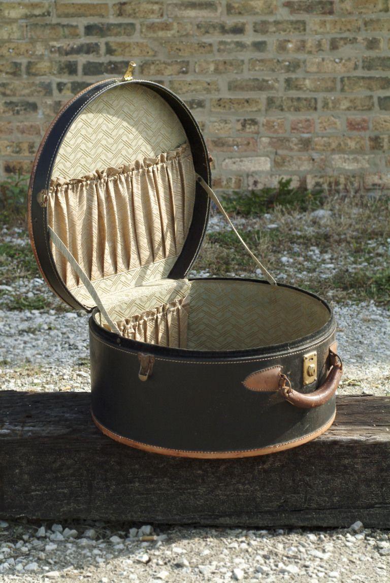 Vintage Round Suitcase Luggage Piece Brown And Black Leather Travel Case Vintage Suitcases Vintage Luggage Hats Vintage