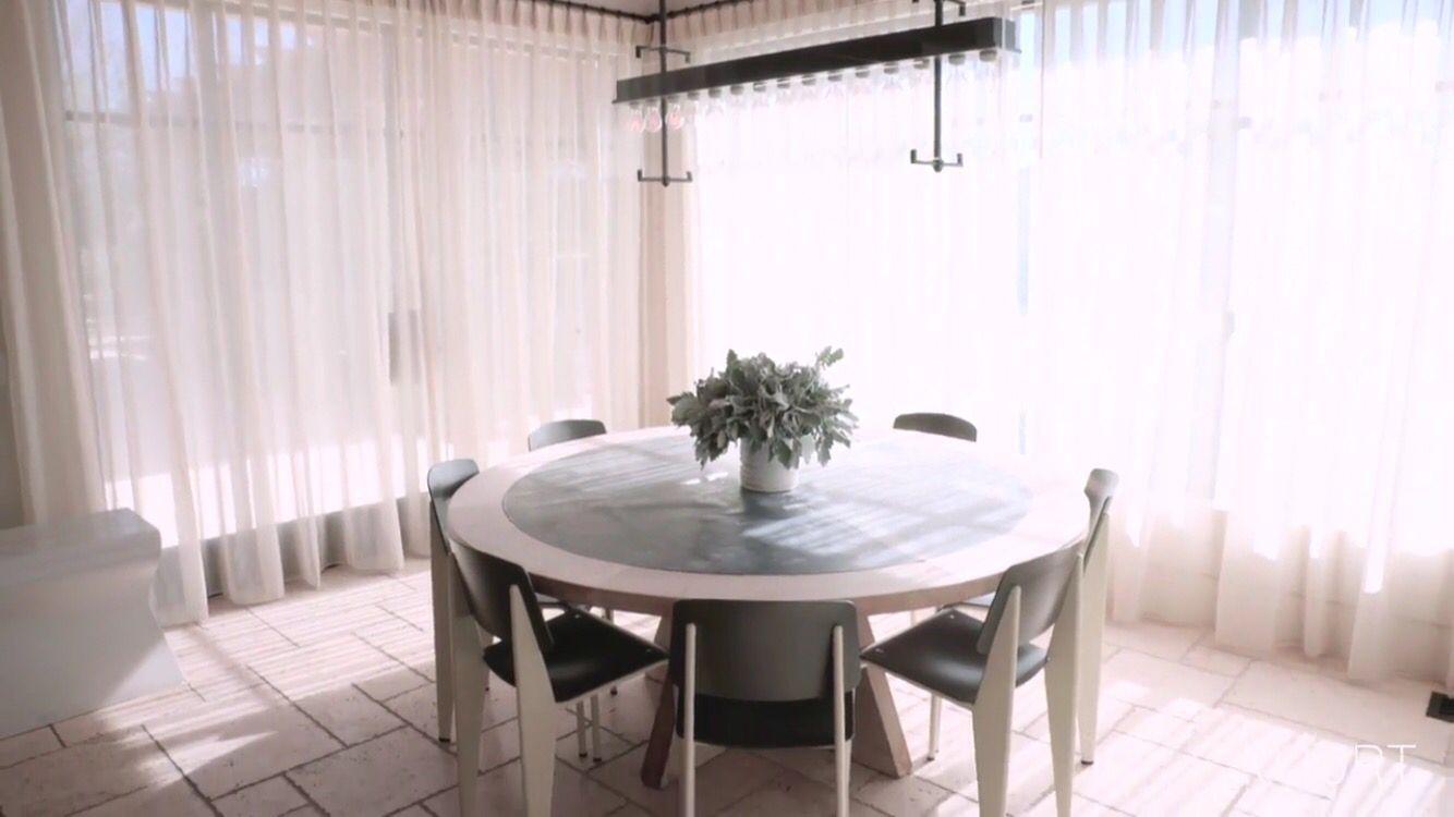 Khloé and Kourtney Kardashian Realize Their Dream Homes in ...