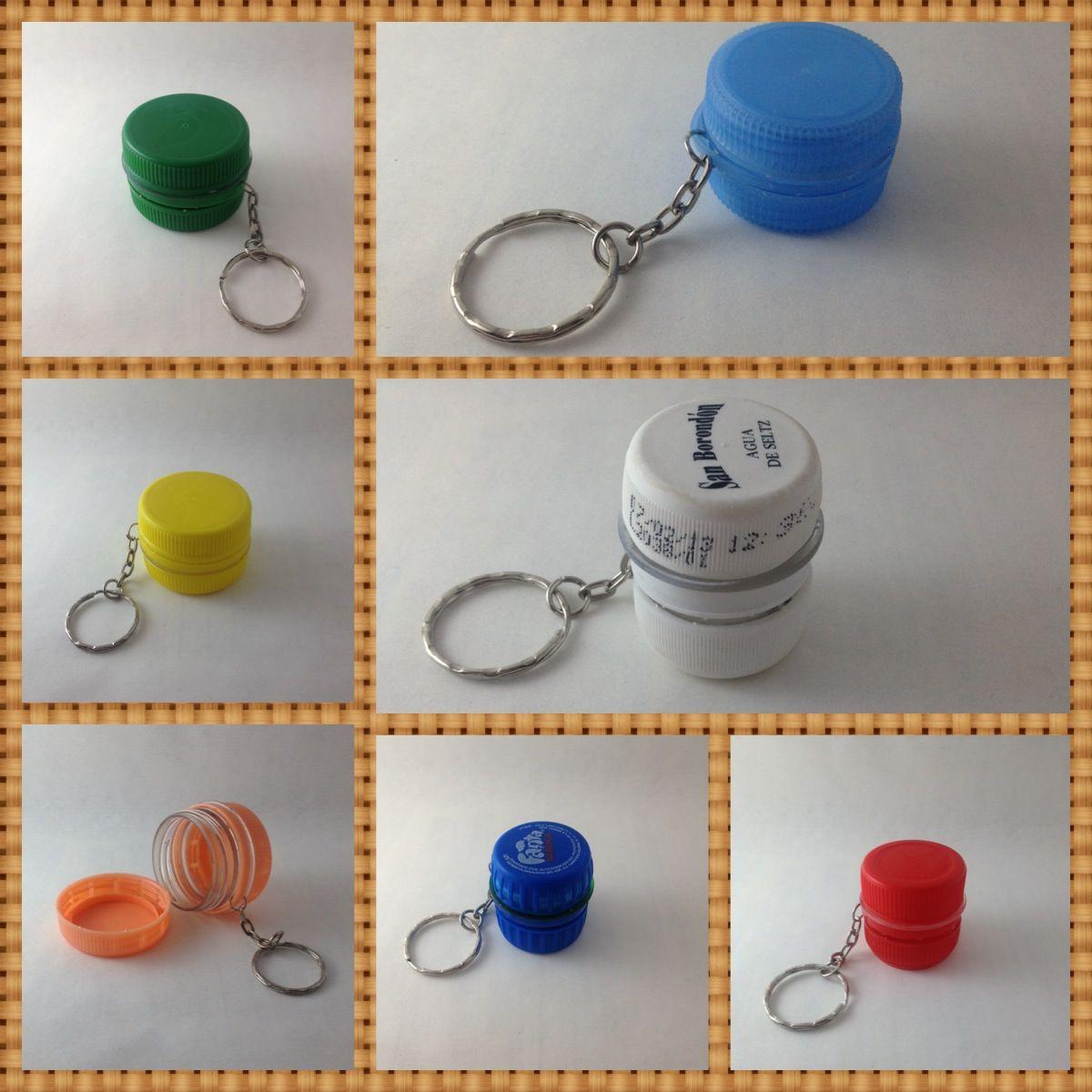 Llaveros o porta pastillas hechos con las tapas de las botellas de refrescos plastico - Manualidades con chapas de refrescos ...