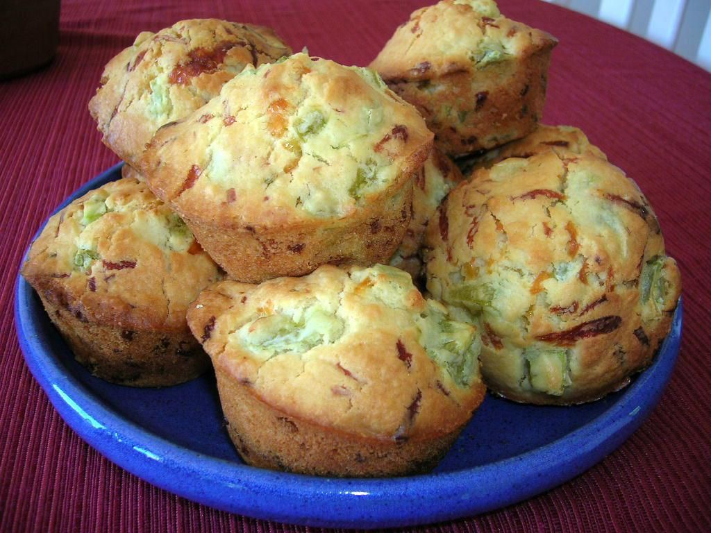 GREEN TOMATO MUFFINS WITH CHEESE « The Southern Lady Cooks