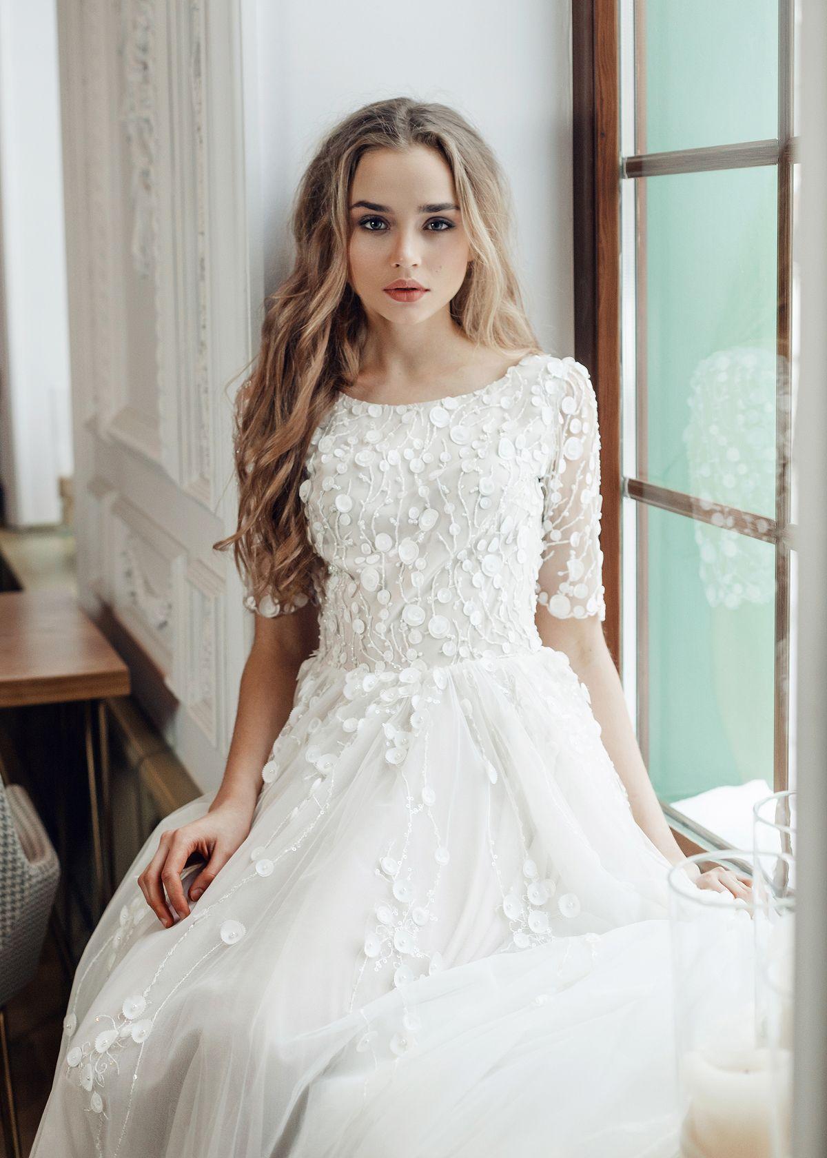 For wedding brand Esty Style