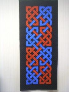 I love these knots and who knows, maybe I'll make a quilt like this one day.