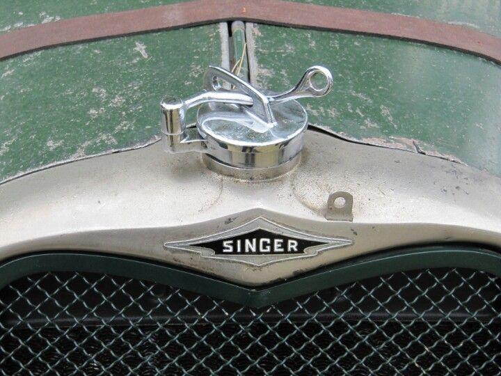 singer 1934 radiator badge auto cabochons pinterest ornements de capot radiateur et bouchons. Black Bedroom Furniture Sets. Home Design Ideas