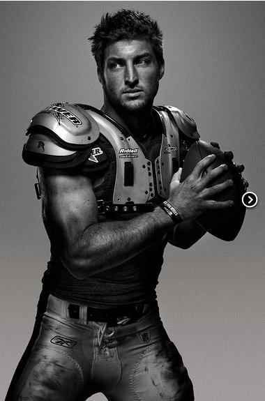 Tebow  - IN-CREDIBLE photo!!!