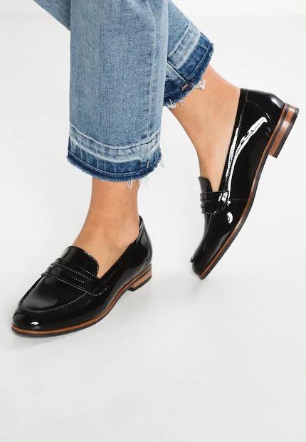 W Przecenie Polbuty Damskie W Zalando Ubieraj Sie Stylowo Dress Shoes Men Flat Shoes Women Women Shoes