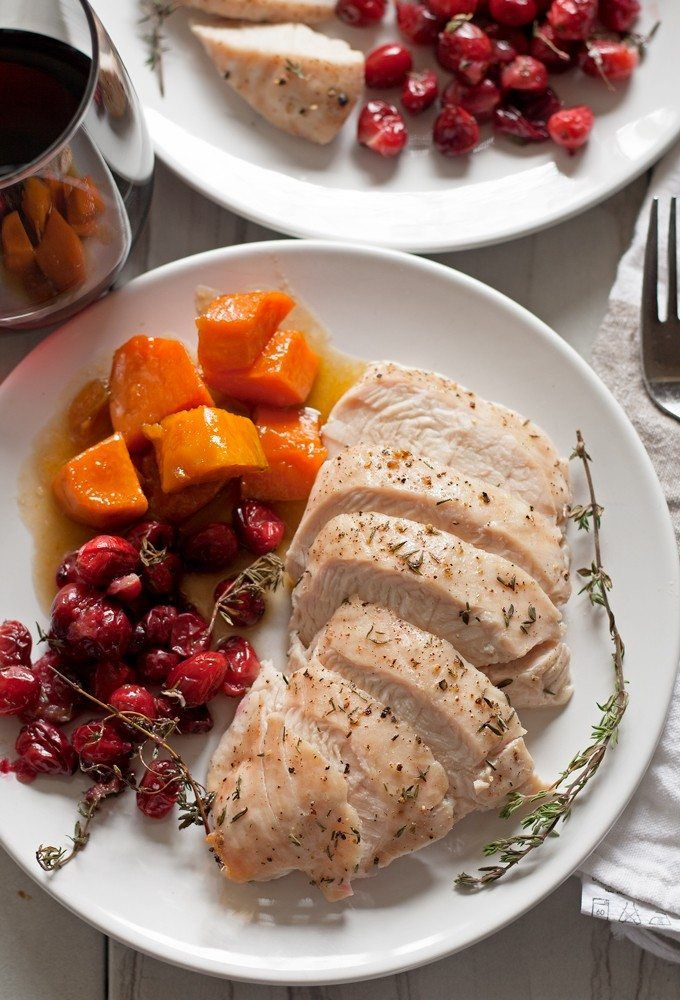 Thanksgiving dinner for two - if you can't join your family for Thanksgiving dinner, enjoy your own at home with this easy turkey breast dinner recipe! | honeyandbirch.com