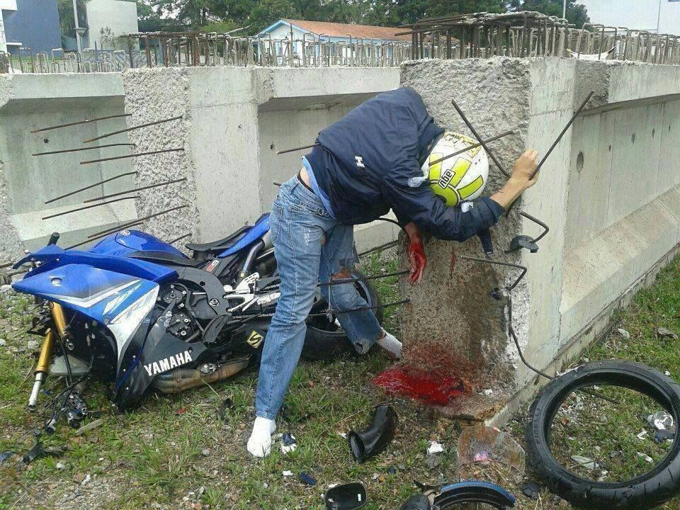Fatal motorcycle crash. #death I'M sharing this for All of us that love our bikes, and live to ride...Key Word - Live to ride...