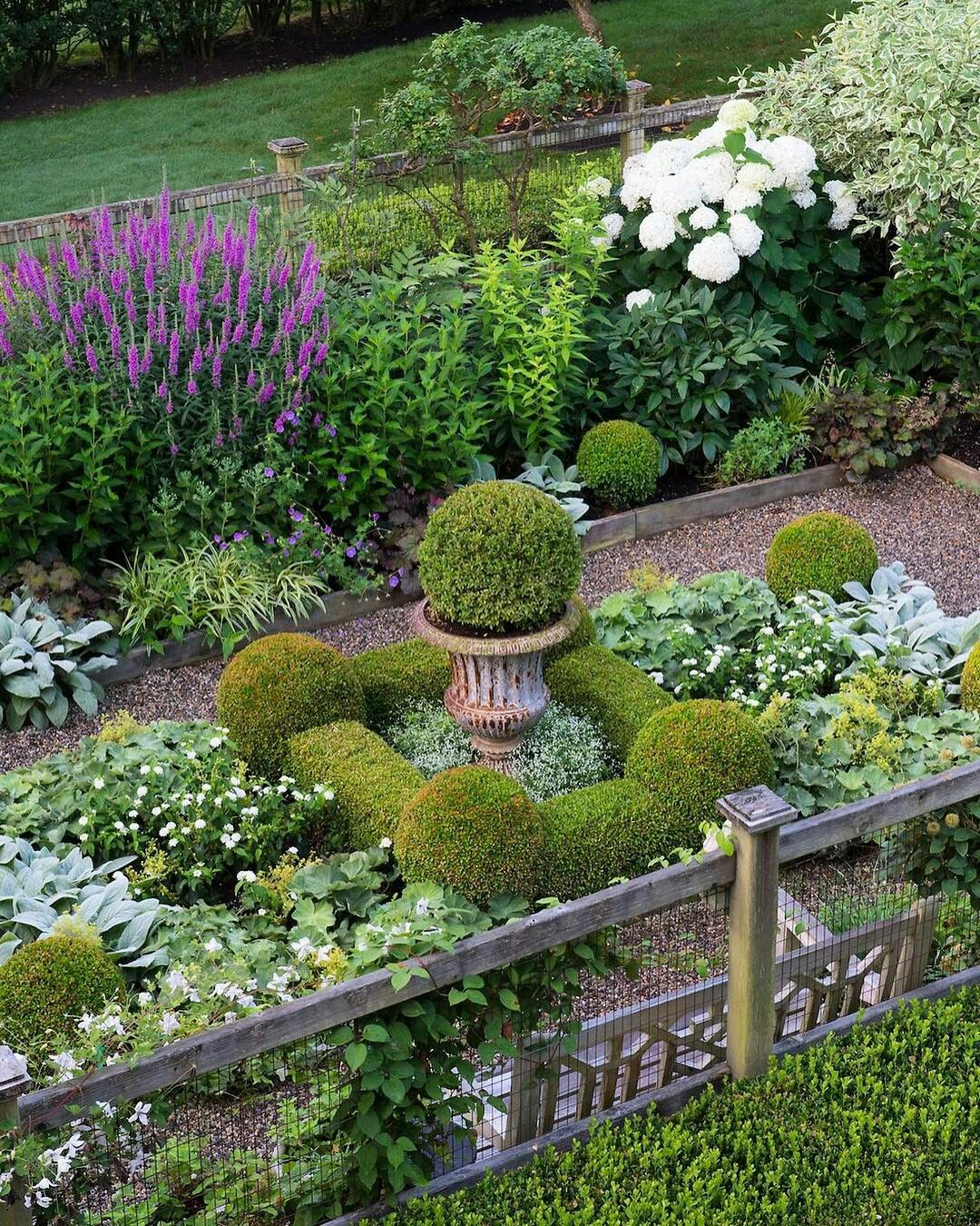 Formal Garden Design Idea: Very Pretty Perennial Garden