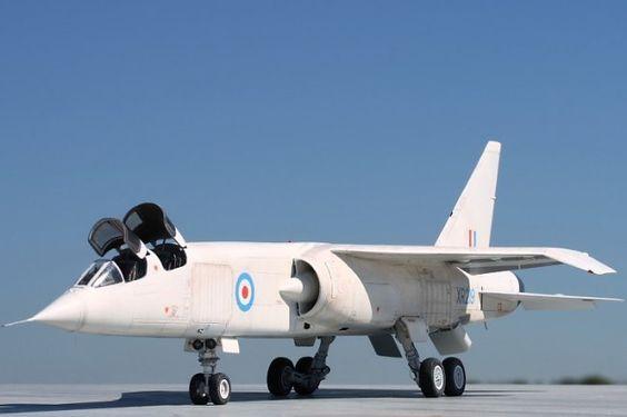 TSR-2 (BAC - British Aircraft Corporation) Caça Bombardeiro Nuclear de Ataque Furtivo - 1960