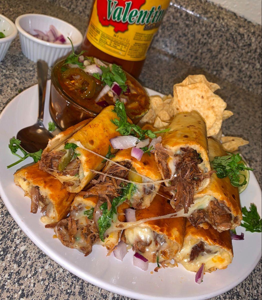 20 Minutes Birria Rolls In 2020 Beef Recipes Easy Food Recipies Recipes