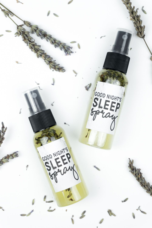 a good night 39 s sleep lavendelspray selber machen diy. Black Bedroom Furniture Sets. Home Design Ideas