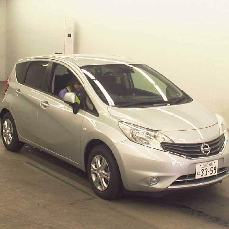 2011 nissan note sale price1500000 call at 9260938 or