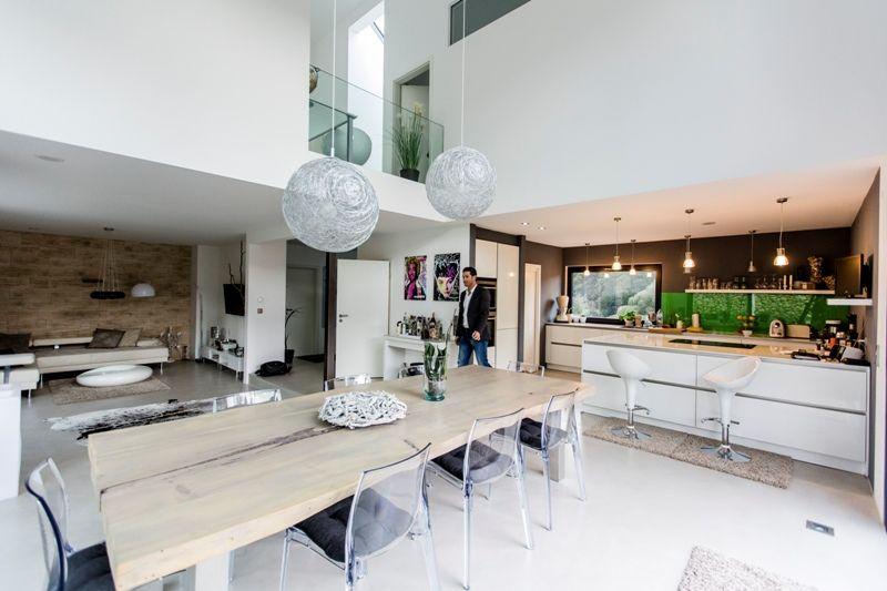 Fertighaus - Wohnidee Küche #kochinsel #glasdekor #offenegalerie ...