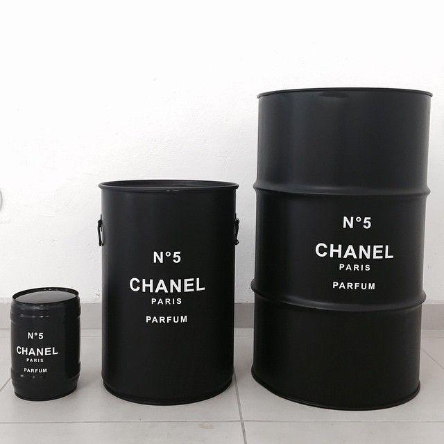 chanel oil barrel various sizes cb jl chanel tiffany 39 s pinterest bidon cran et d co. Black Bedroom Furniture Sets. Home Design Ideas