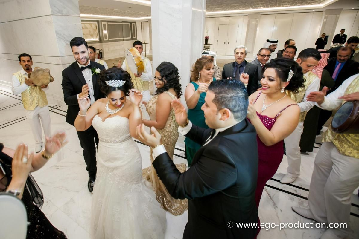 Guests at Egyptian weddings dress extravagantly | Egypt ...