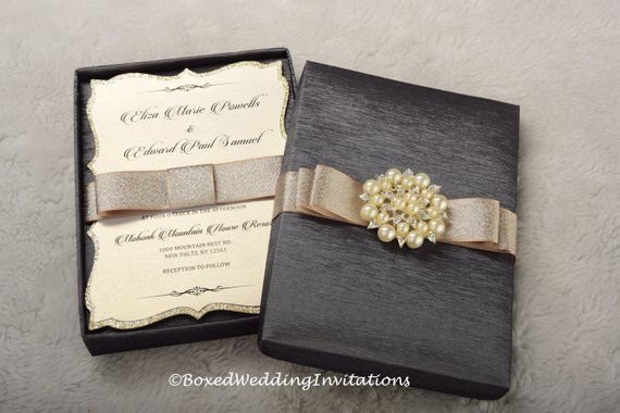Wedding Invitation Box / Invitation Box / Couture Invitation Box