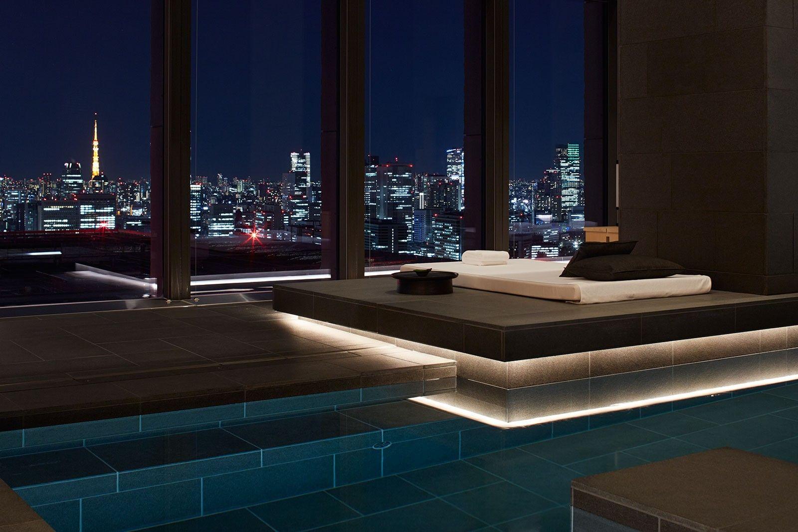 Aman Tokyo Explore Aman Tokyo Explore Our Luxury Hotels Aman ラグジュアリープール スイミングプール 屋内プール
