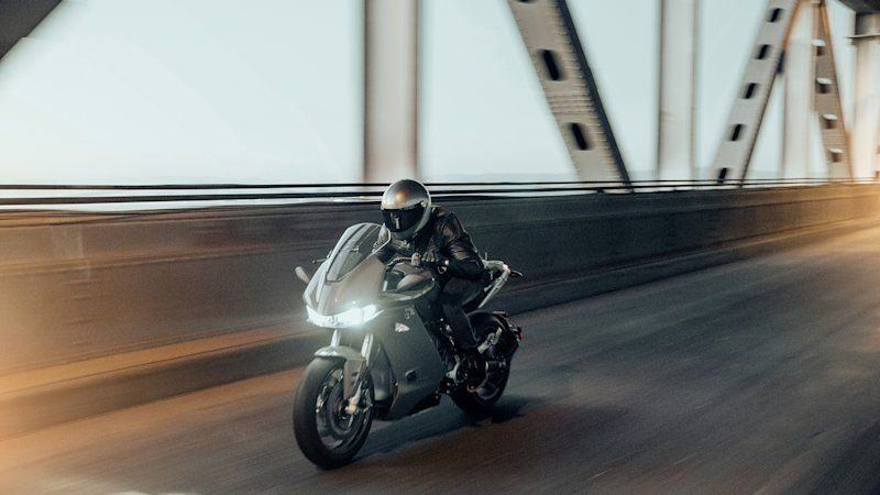 Zero Motorcycles Sr S Launches With Up To 201 Miles Of City Range