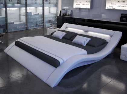 un lit design lumineux tout blanc en forme de vague pour tous les amoureux de lit design. Black Bedroom Furniture Sets. Home Design Ideas