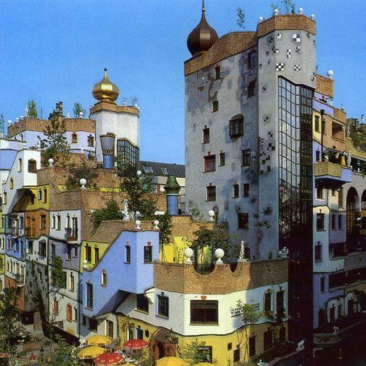 Hundertwasser Haus, Vienna, Austria | Hundertwasser a ...