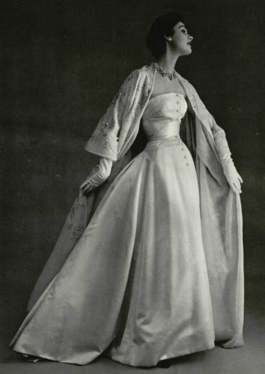 1953 Christian Dior...OMG 11c89f77212